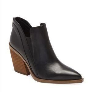 Vince Camuto Gradina Block Heel Bootie Leather 9.5